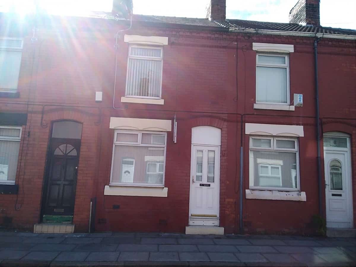 2 Bedroom Mid Terraced Property – Dentwood Street, L8