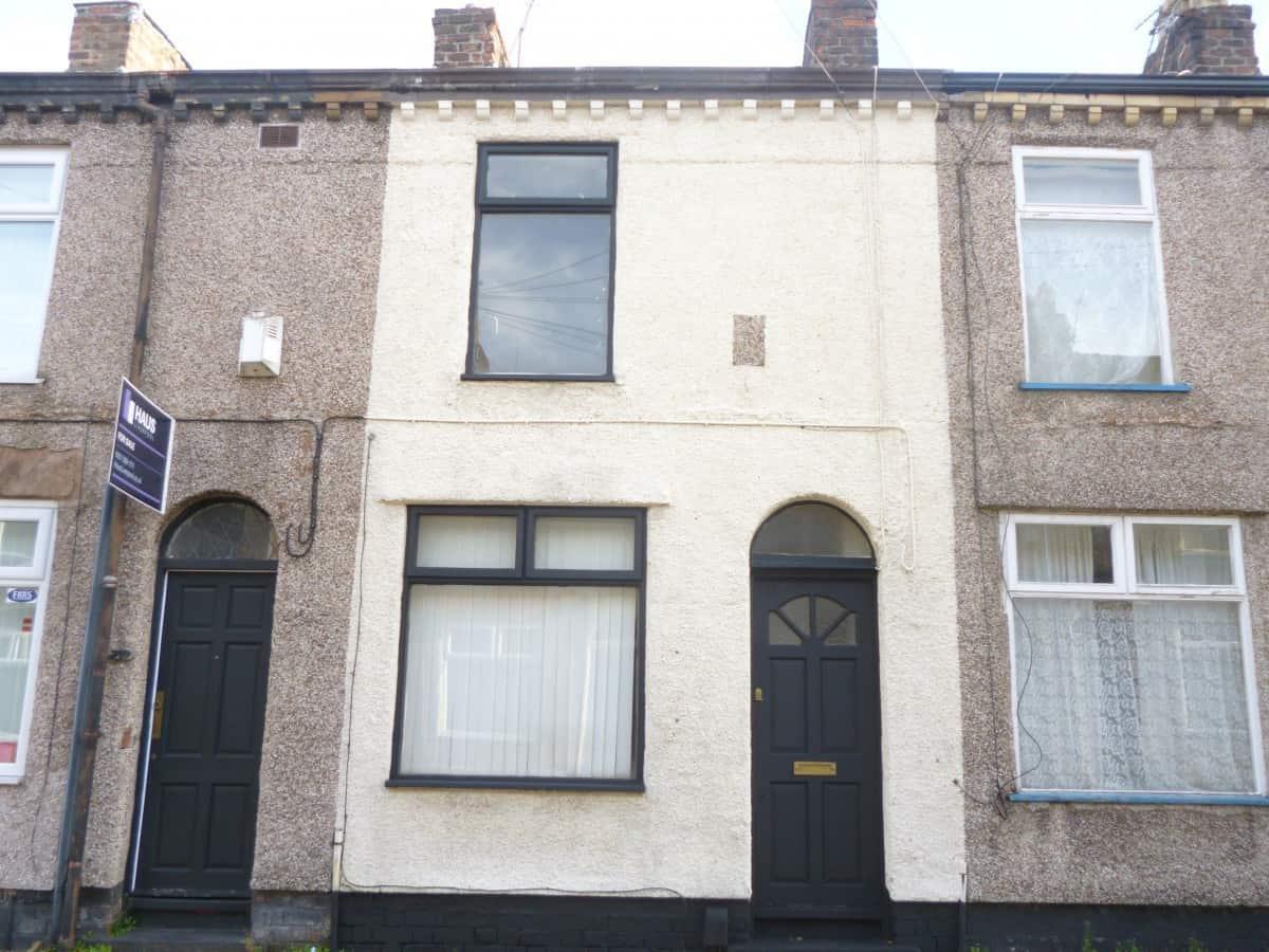 2 Bedroom Mid Terraced Property – Tudor Street, L6