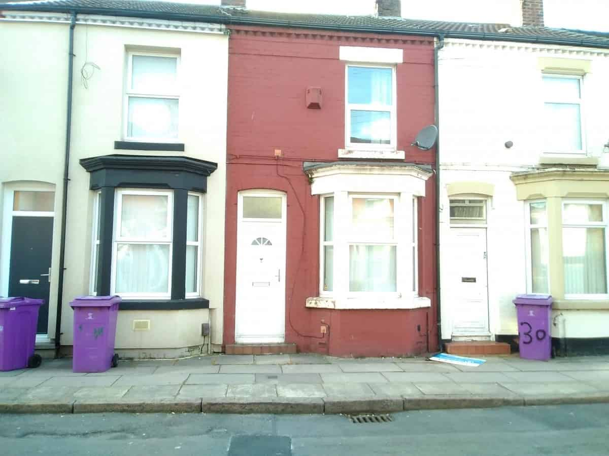 2 Bedroom Mid Terraced Property – Mirfield St, L6 6BD